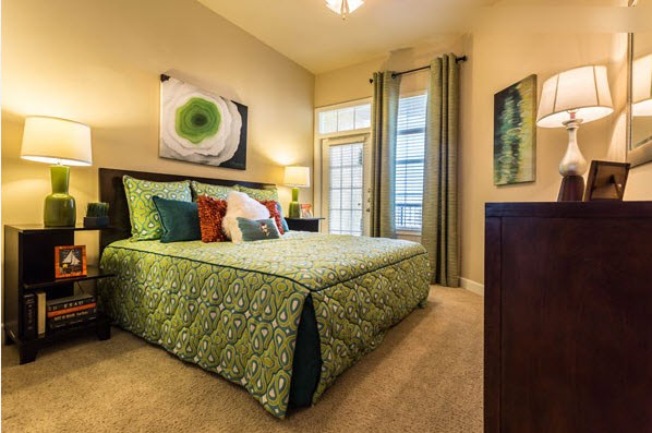 Bedroom at Listing #144353