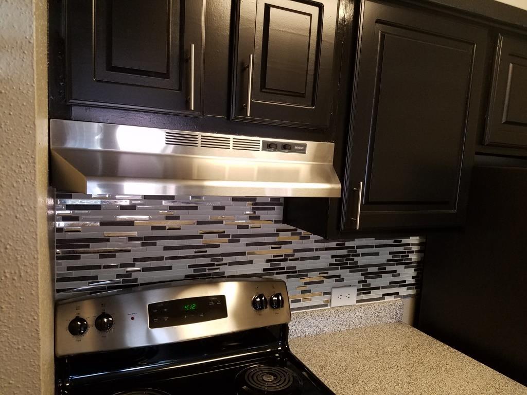 Kitchen at Listing #137082