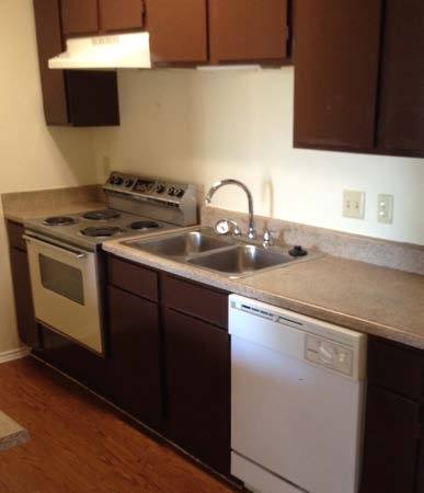 Kitchen at Listing #135645