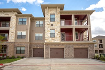 Exterior at Listing #261435