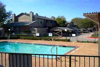 Pool at Listing #136802