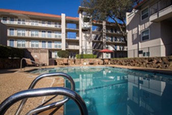 Pool at Listing #136323