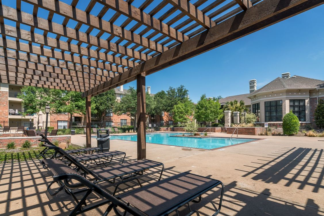 Pool at Listing #138080