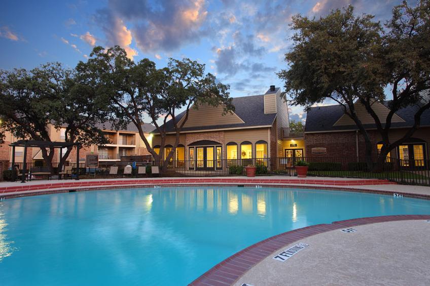 Pool at Listing #136255