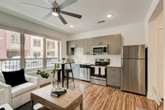 Dining/Kitchen at Listing #289234