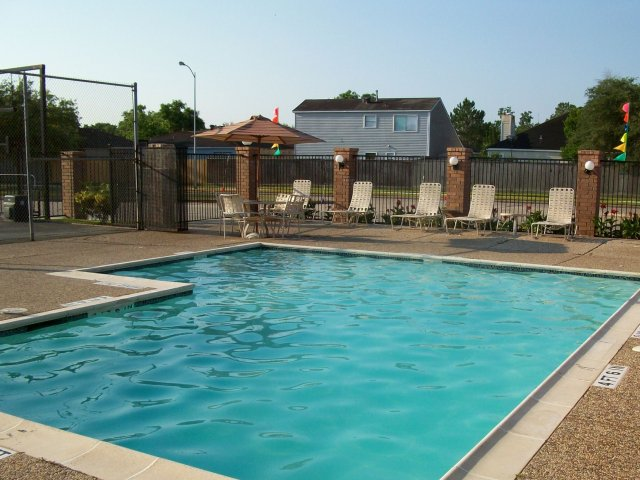 Pool at Listing #138341