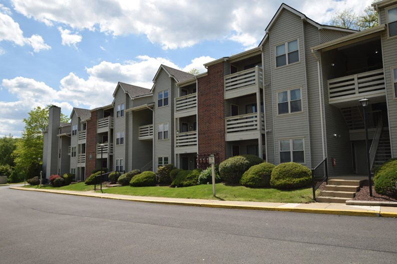 Stone Creek Village Apartments