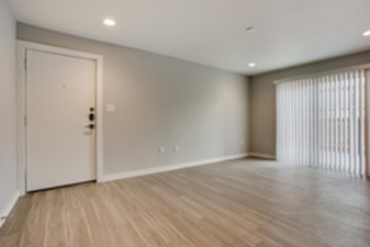 Living at Listing #301201