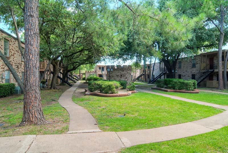 London Belle Apartments Pasadena, TX