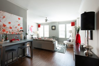 Living at Listing #225600