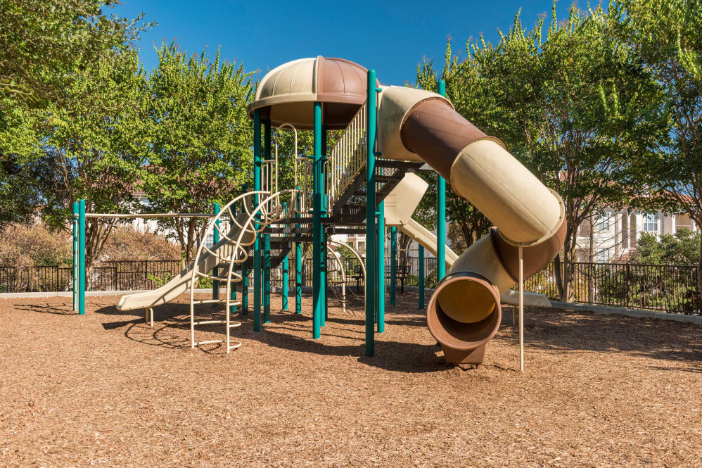 Playground at Listing #141398