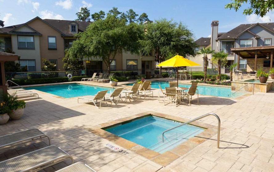 Pool at Listing #138653
