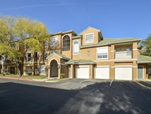 Indian Hollow at Listing #141304
