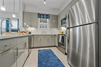 Kitchen at Listing #302202