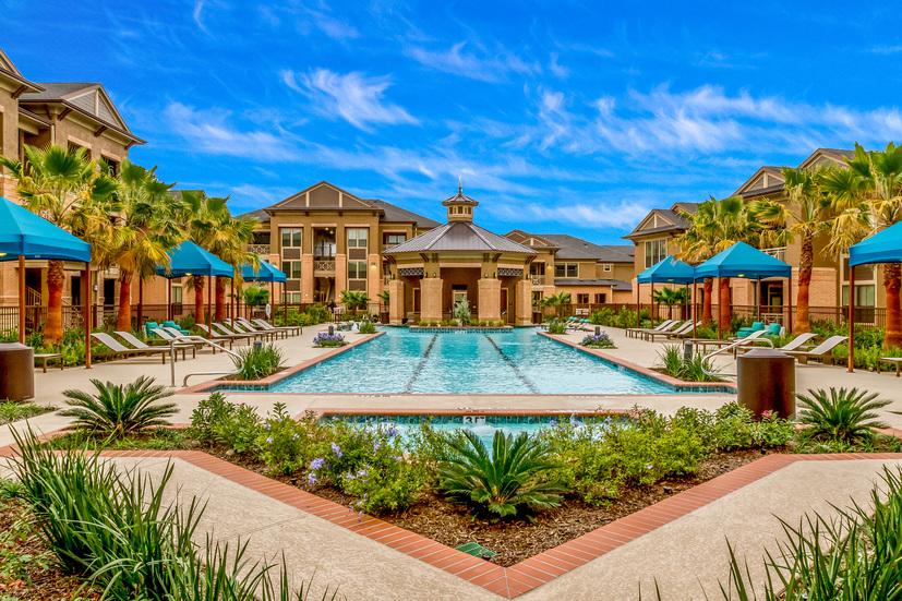 Grand Fountain Apartments Richmond TX