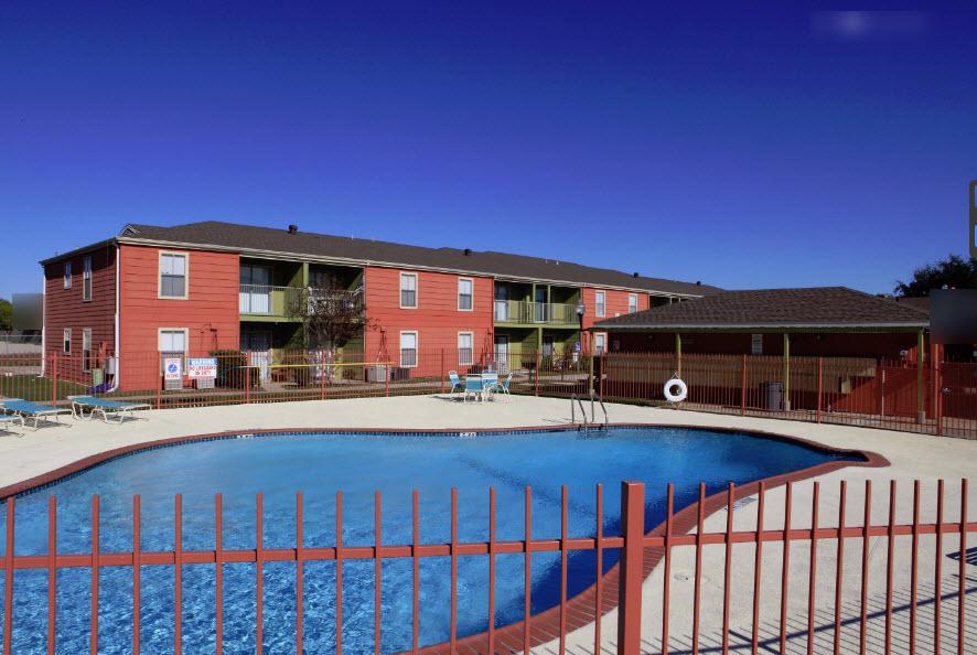 Pool at Listing #139265
