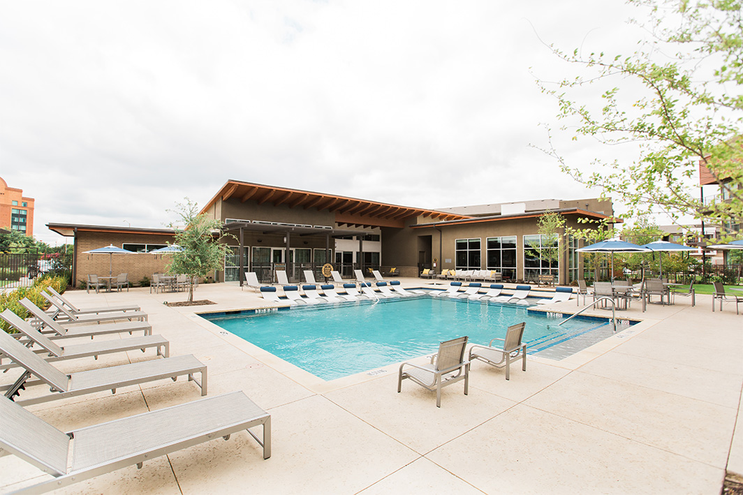Pool at Listing #287725