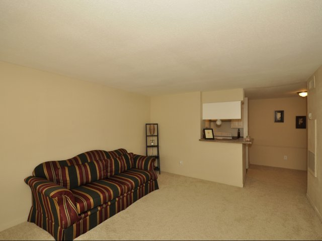 Living at Listing #138588