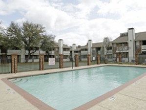 Pool at Listing #136081