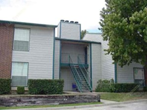 Exterior 5 at Listing #137225