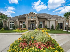 Exterior at Listing #145669