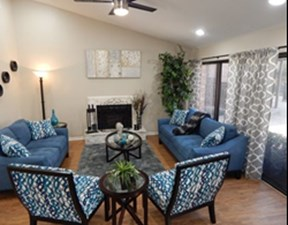 Living Room at Listing #139745