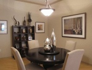 Dining at Listing #138044