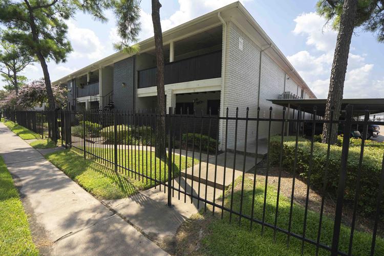 Three Corners East Apartments Houston TX