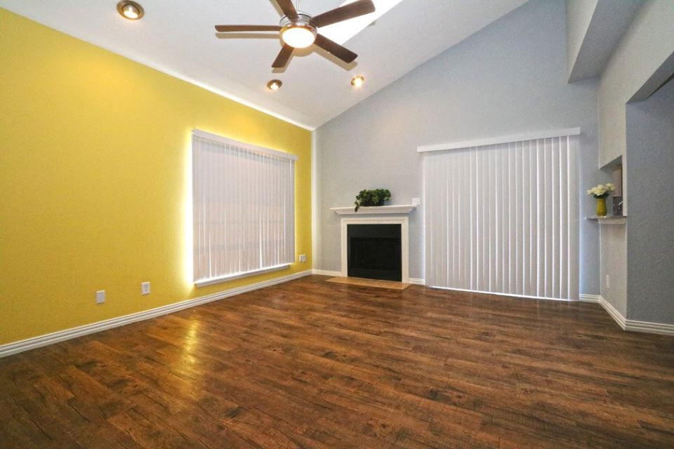Living at Listing #212894