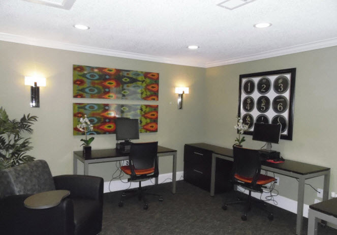 Business Center at Listing #138750