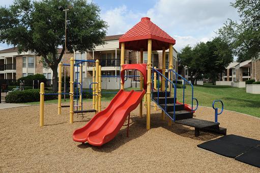 Playground at Listing #135768