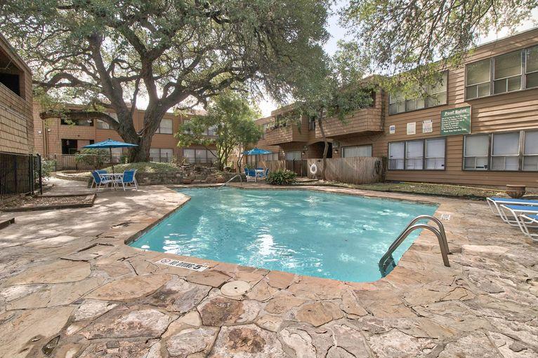 Pool at Listing #141147