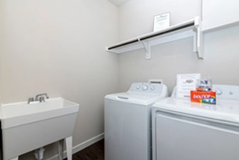 Laundry/Utility at Listing #335075