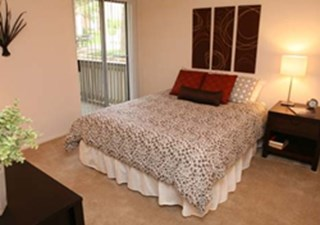 Bedroom at Listing #140515