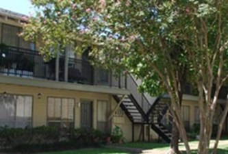 Exterior at Listing #139753