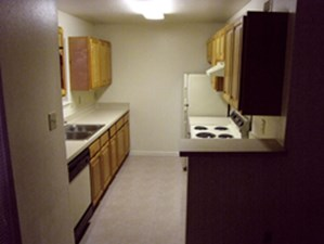 Kitchen at Listing #139890