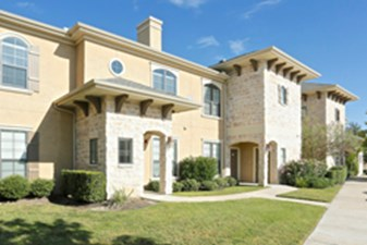 Exterior at Listing #145149