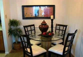 Dining at Listing #138310