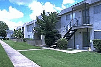 Falls of Deer Park ApartmentsPasadenaTX