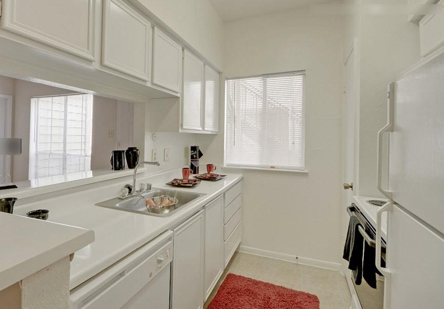 Kitchen at Listing #138807