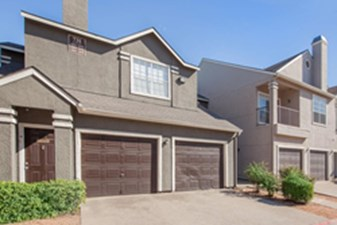 Exterior at Listing #137611