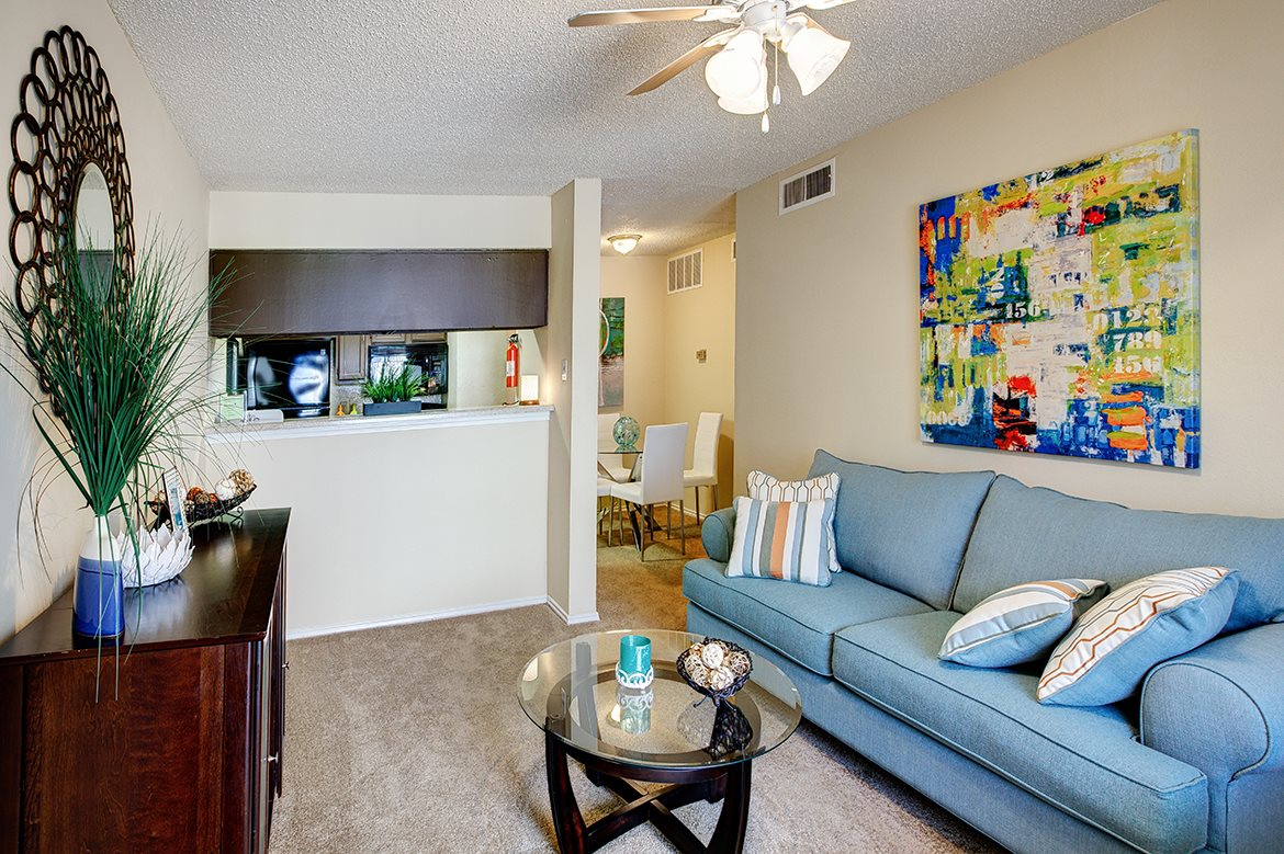 Living at Listing #135887