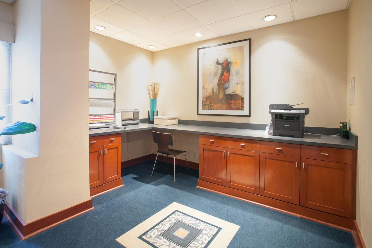 Business Center at Listing #138507