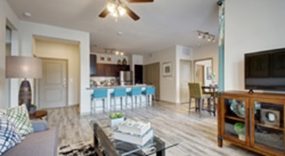 Dining/Kitchen at Listing #299036
