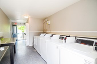 Washer/Dryer at Listing #140540