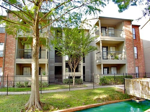 Canfield Lakes Apartments