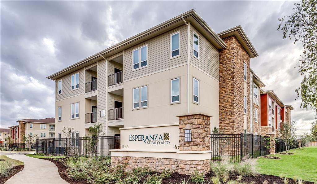 Esperanza at Palo Alto Apartments San Antonio, TX