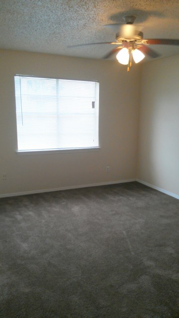 Bedroom at Listing #137407