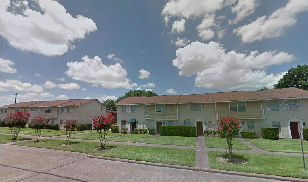 Town Plaza Apartments Deer Park TX