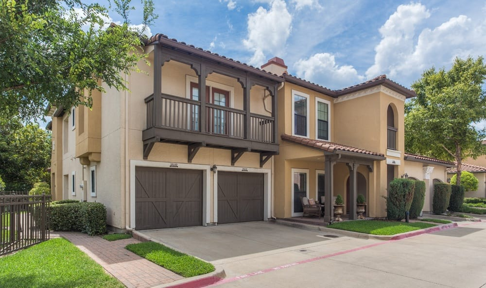 Exterior at Listing #138218